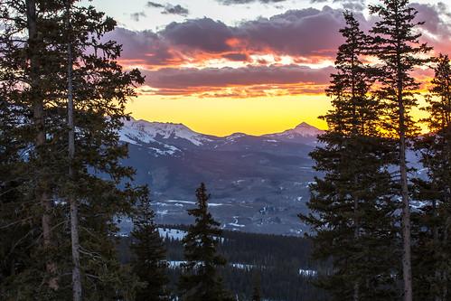 telluride colorado alpinovino sunset mountains clouds