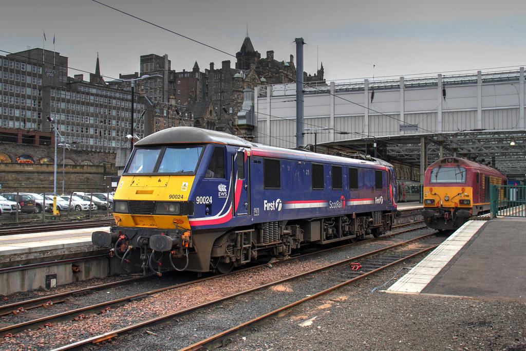 Scotrail Sleeper Standby Db Schenker Class 90 90024 Wearin