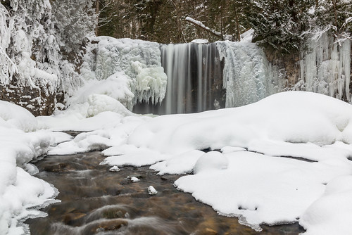 winter orange brown white snow ontario canada black cold tree ice nature water creek forest landscape frozen waterfall rocks stream natural falls brook wonderland snowscape babbling brucetrail greycounty beaverriver flesherton hoggs hoggsfalls