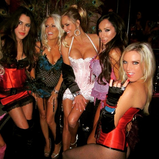Me And My Girls At The Playboy Mansion Tbt Playboy Pla Flickr