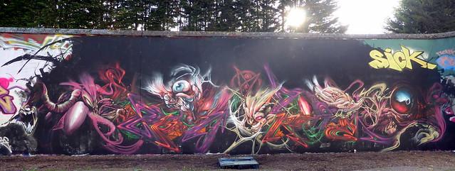 Zadok + Spore graffiti, Trellick Tower