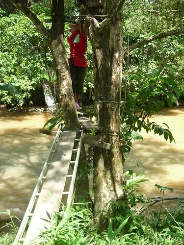 footbridge rivercrossing jalanbalinggerik