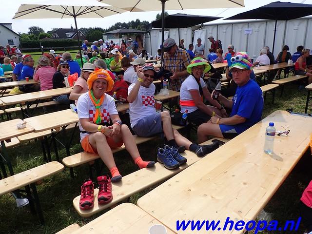 2016-07-22   4e     dag Nijmegen      40 Km   (140)