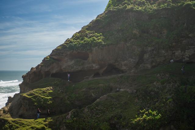 Cuevas de Infiernillo. Lipimávida. Región del Maule. Chile. 2016