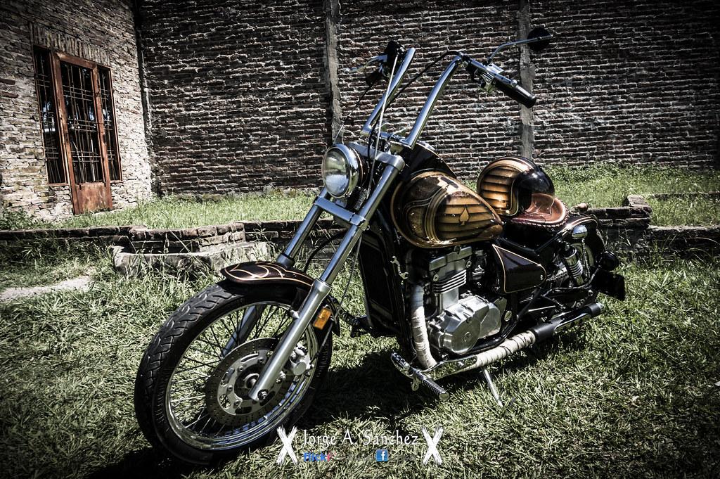 Kawasaki Vulcan 500 Bobber By Iron Omix Jorge Sánchez Flickr