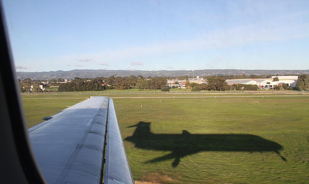 Qantaslink717-23S-VH-NXE-100