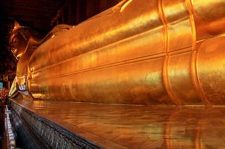 Reclining Buddha, Wat Pho | by DavideGorla