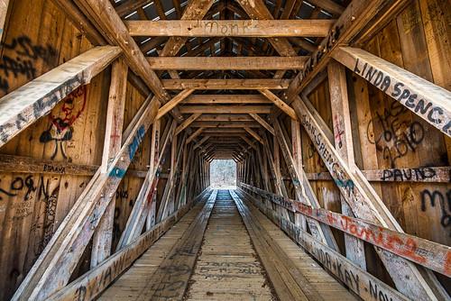 bridge landscape unitedstates northcarolina landmark historic coveredbridge claremont bunkerhillcoveredbridge catawbacounty lylecreek