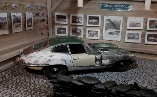 1:18 Jaguar E type rusty car | by www.MODELCARWORKSHOP.nl