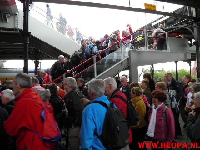 16-04-2011     Rode-Kruis   Bloesem   wandeltocht 26 Km (1)