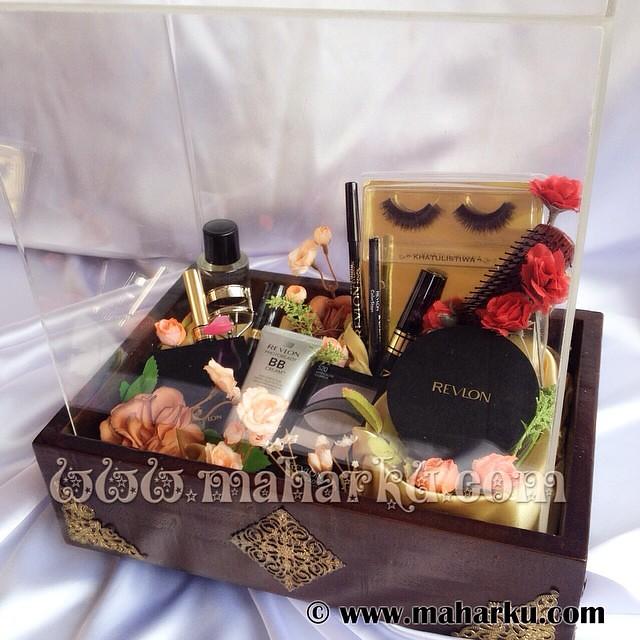 Kotak Hantaran Vintage Eksklusif Isi Make Up Mahar Mahar