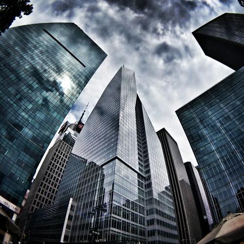 Up to the sky  #newyork #nyc #newyorkcity #manhattan #building #buildings #modern #architecture #archilovers #Glass #sky #skyscraper #clouds #cloudporn ##Photo ##Photography #Travel #travelgram #trip #lookingup #iloveny #ilovenyc #newyorkphoto #instacool | by Mario De Carli
