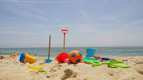 summer vacation sky sun beach contrast ball fun sand vibrant sunny shore capemay shovel atlanticocean hdr soccerball eastcoast 2016 sandtoys newjerseyshore easternseaboard capemaynewjersey dayattheshore sandtools capemaycountynewjersey summer2016 sonyslta65v