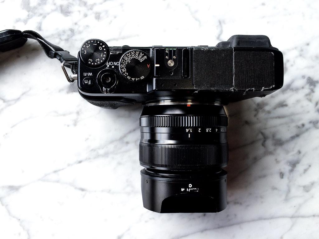 Mirrorless Fuji X-E2 with 35mm f/1.4