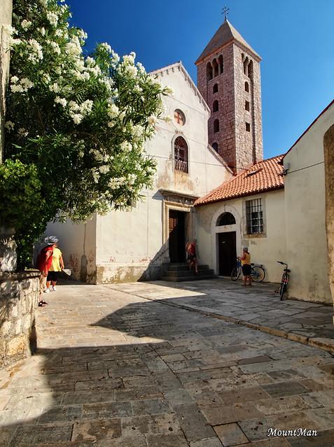 Rab, Gornja ulica - Benediktinski samostan svetoga Andrije