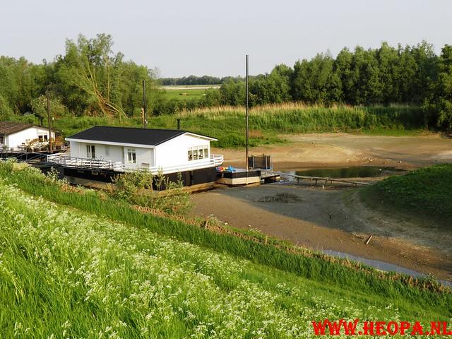 30-04-2011   Boven-Leeuwen  40 Km (10)
