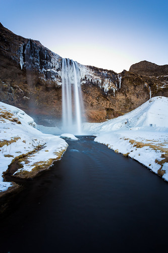 Seljalandsfoss waterfall (Iceland) | by _davidphan