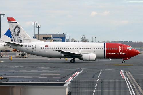 Norwegian (Roald Amundsen livery), LN-KKL, Boeing 737-36N | by Anna Zvereva