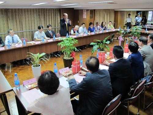 圖02莊理事長致詞歡迎來訪之湖南省總工會
