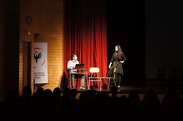 "1306 - 06 Teatro IV medios ""Papá, cuéntame"""