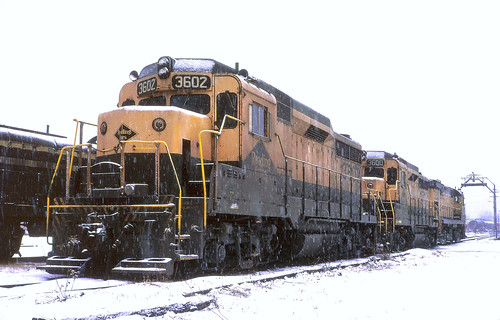 railroad train railway kodachrome cnj bethlehempa rdg fallenflags readinglines emdgp30 copyrightminingcamper