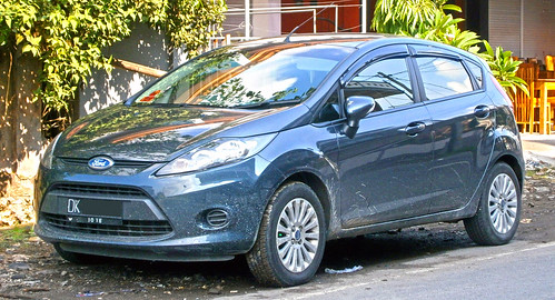 2013 Ford Fiesta 1.4L Trend Photo