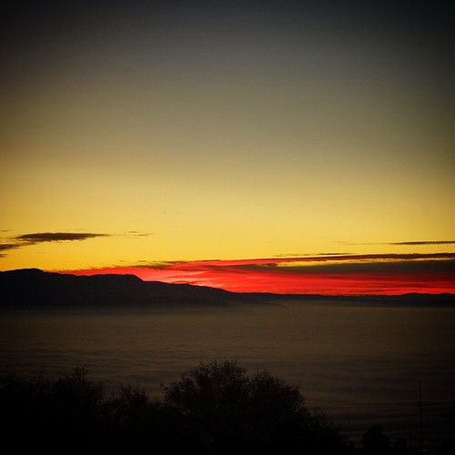 california sunset fog tehachapi sanjoaquinvalley stallionsprings