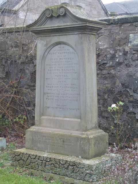 Gravestone at St Aidans, Broughty Ferry
