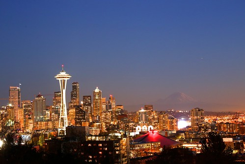 seattle new travel november sunset sky skyline landscape downtown bright outdoor spaceneedle kerrypark mtrainier