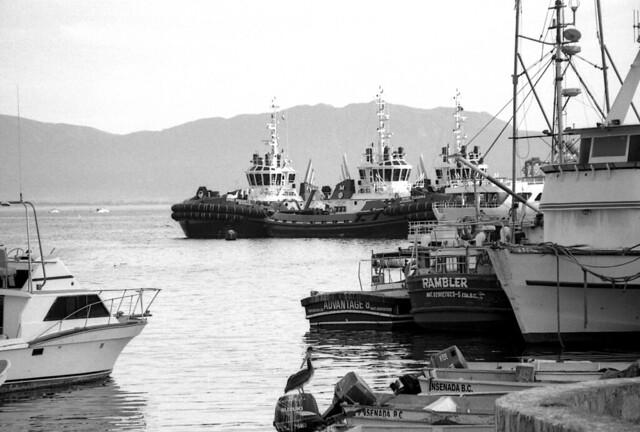 En el puerto (explored) (Omarzo15014)