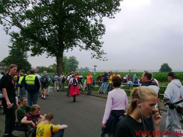 2e dag  Amersfoort 42 km 23-06-2007 (28)