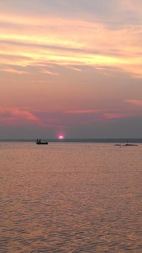 sunset lake newyork water fishing realestate upstateny upstatenewyork newyorkstate oneidalake sylvanbeach realestatephotography oneidacounty oneidalakefishing