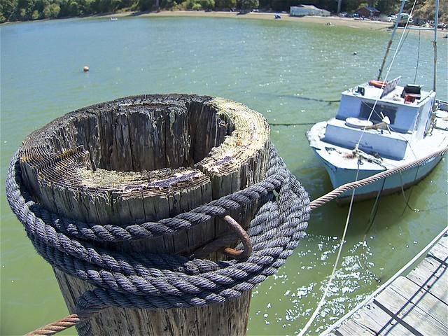 Securing Frank Quan's Boat ...