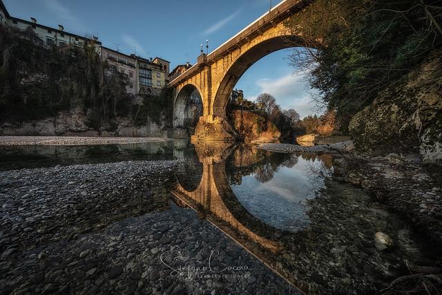 DEVIL'S BRIDGE (The devil makes bridge not reflections)
