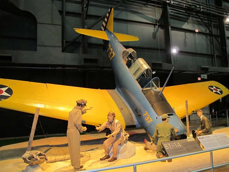 North American NA-64 Yale 2