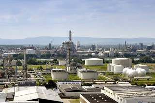 Tanklager der BASF in Ludwigshafen / Tank storage facility at BASF in Ludwigshafen | by BASF - We create chemistry