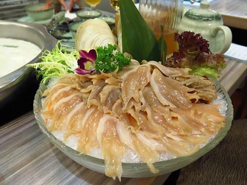 10 Unusual Hong Kong Hotpot Ingredients   by Razlan