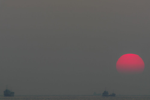 park sunset sea sky sun japan boat ship horizon sigma 300mm 夕陽 teleconverter merrill foveon 船 落日 sd1 日没 20x 落葉 水平線 120300mm sigma120300mm 舞子公園 sigma120300mmf28 493mm tc2xex sigma12030028 maikopark sd1merrill