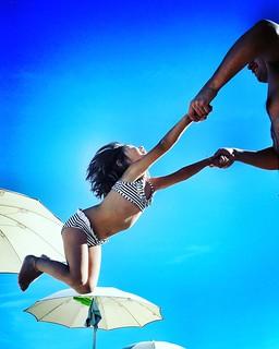 Flying  #play #kids #kid #fun #funtime #summer2016 #Summer #summertime #amazing #fly #babygirl #Margherita #mybabygirl #Beach #Colors #Colorful #blue #sky #Numana #conero #igers #igersitalia #photooftheday #picoftheday #likesforfollow | by Mario De Carli