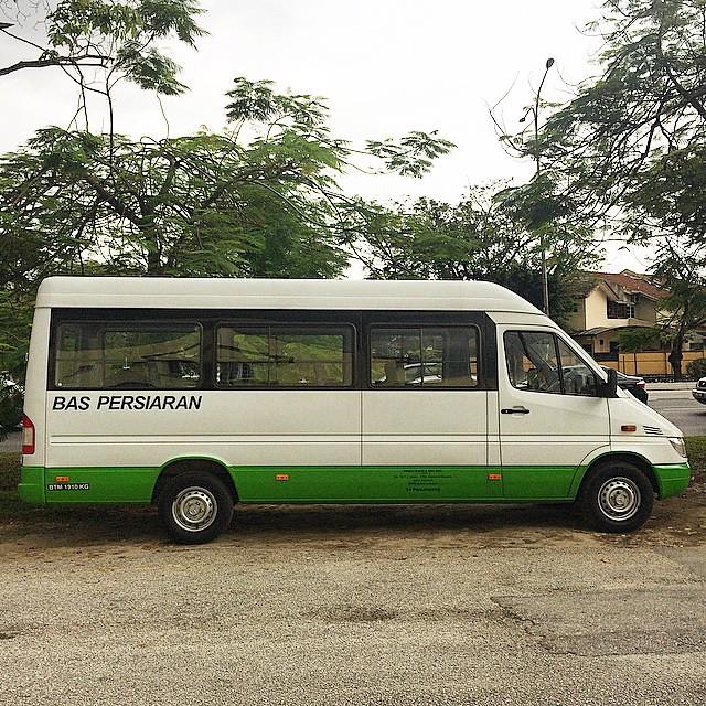 Mercedes Tour Van >> Mercedes Benz Sprinter Passenger Van Tour Van In