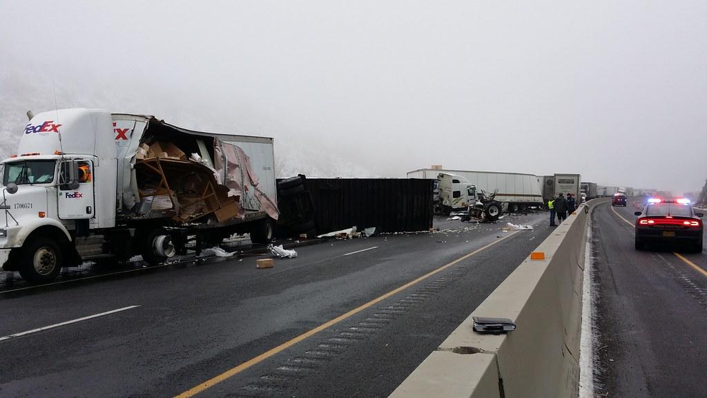 Crash closes I-84 Jan  17 | I-84 in eastern Oregon was close… | Flickr