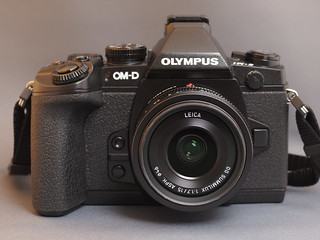 OLYMPUS OM-D E-M1 + LEICA DG Summilux 15mm F1.7 Asph. | by mikion on the cloud