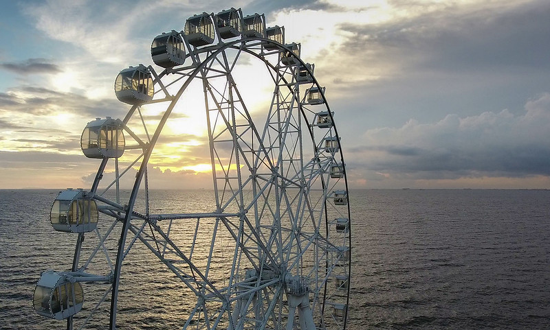 Ferris Wheel by the sea