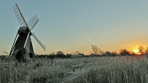 day clear cambridgeshire wickenfen