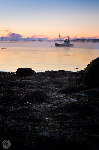 ocean morning winter sea cold water sunrise harbor photographer smoke maine newengland photograph saltwater seasmoke rockland downeast fridgid landscapephotographer