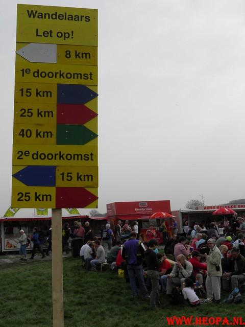 16-04-2011     Rode-Kruis   Bloesem   wandeltocht 26 Km (41)