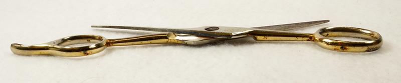 RD13232 Vintage Karina Solingen W. Germany 5 inch Moustache Shears DSC02502