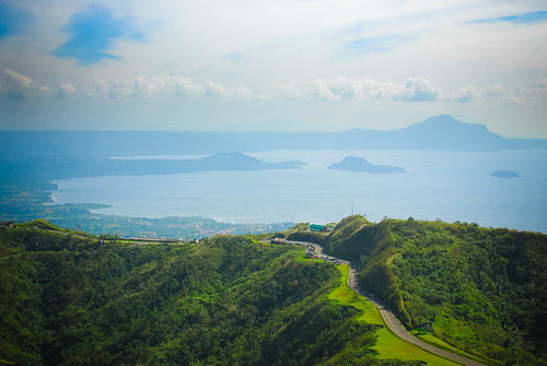 volcano philippines tagaytay taal peoplesparkinthesky