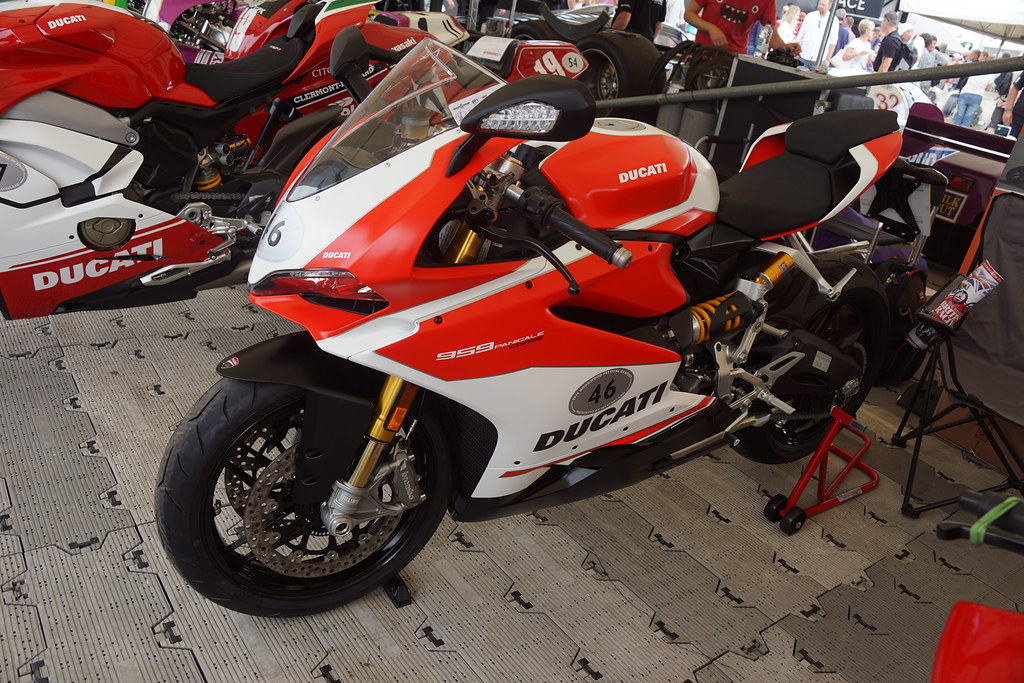 Ducati 959 Panigale Corsa 959cc Twin-Cylinder Four-Stroke