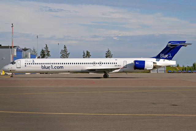 Blue 1 McDonnell Douglas MD-90-30 OH-BLU